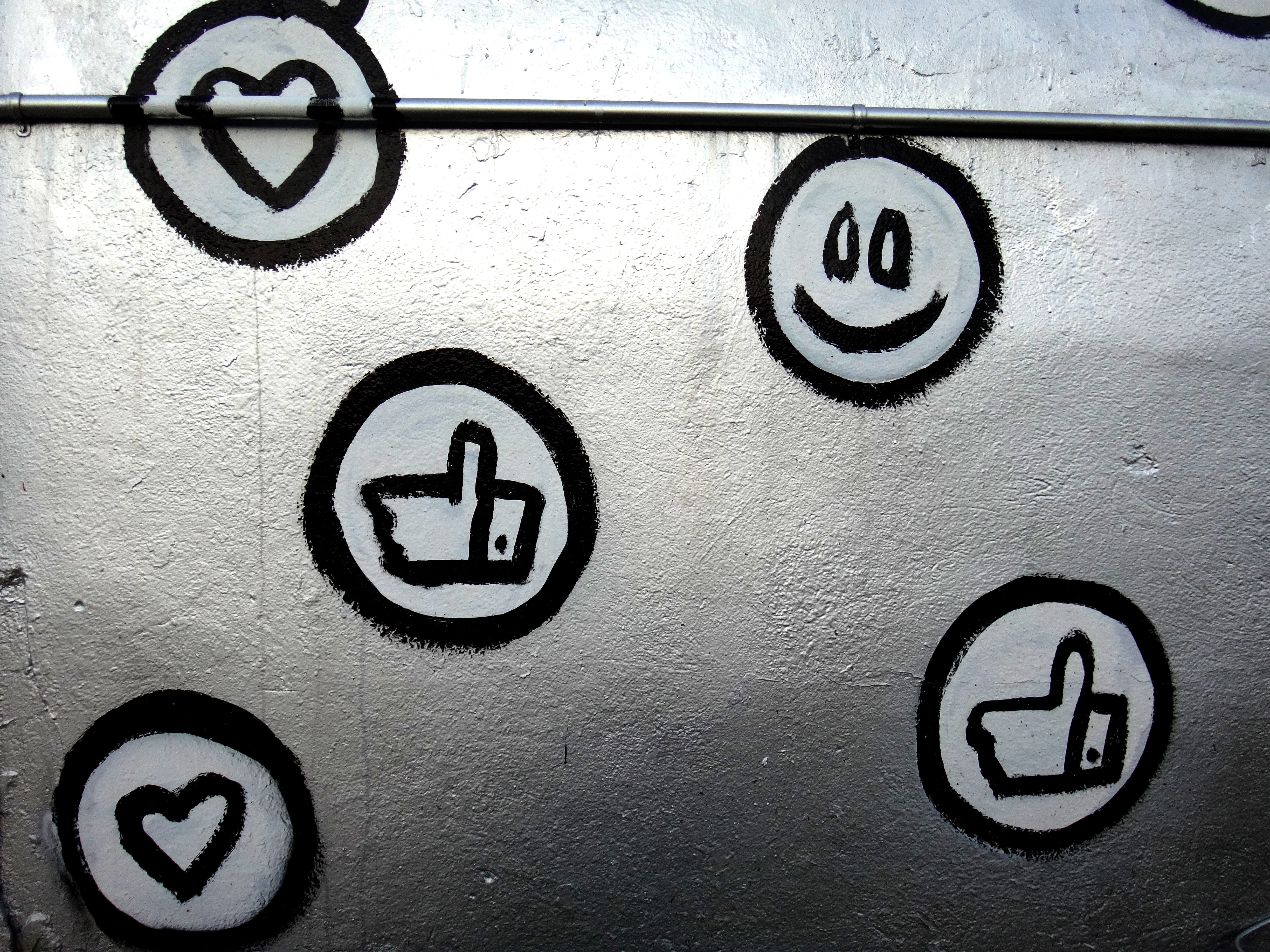 Social media reaction icons